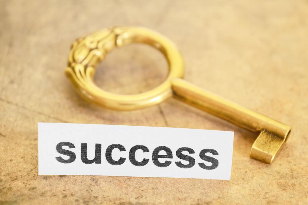 成功背后不是沧桑,就是艰辛!